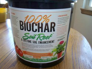 https://gardenerscott.files.wordpress.com/2012/05/biochar-soil-reef.jpg